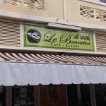 Французско-лаоские багеты и бирлао. Вкусно!