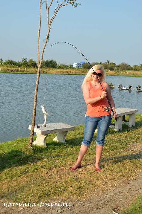 рыбак рыбака видит издалека слушать
