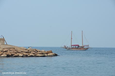 Прогулочное судно