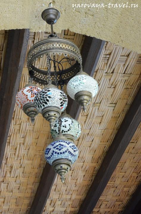 Узнаете турецкие светильники?