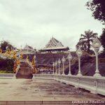 Белый храм в Таиланде, или нарядное украшение Краби тауна.