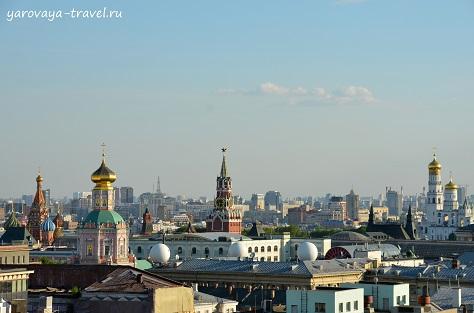 Вид на Москву с площадки в ЦДМ.