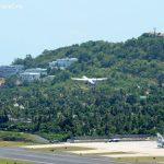 Храм на Самуи с видом на аэропорт и озеро Чавенг.