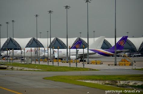 Бангкок аэропорт Суварнабхуми