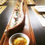 Один из лучших ресторанов в Нячанге: от метровой колбасы до собственной пивоварни.