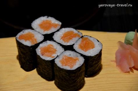 где поесть в нячанге суши