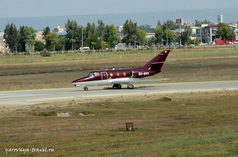 Частный самолет в аэропорту Анталии.