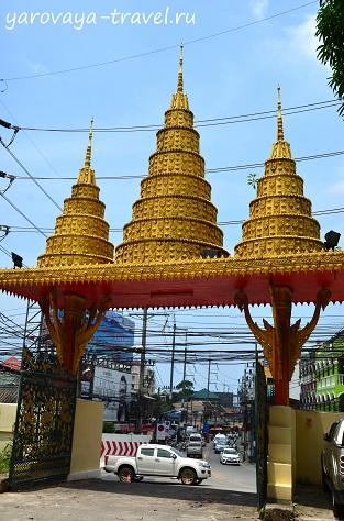 буддийский храм на пхукете