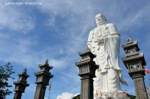 большой будда во Вьетнаме