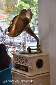 интересные кафе в Нячанге