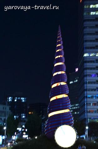 Ручей Чхонгечхон в Сеуле