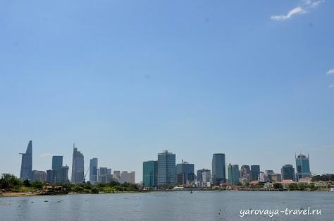 Панорама с видом на Хошимин при возвращении в центр города.