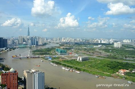 У Landmark 81 вырос целый район высотных зданий.