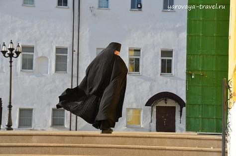 На крыльях молитвы в Пафнутьев-Боровском мужском монастыре.